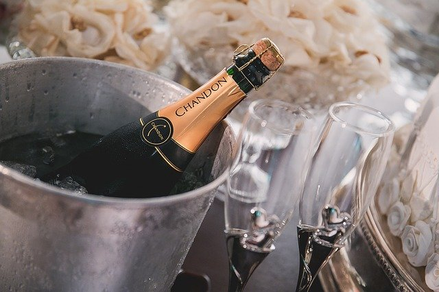 Champagne bouteille au frais