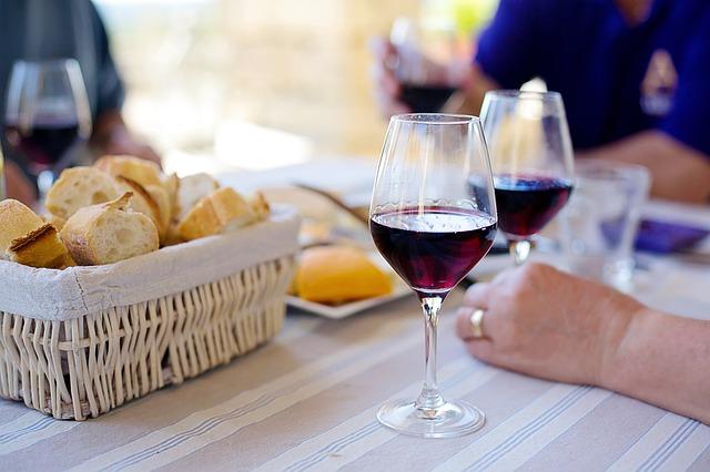 Provence : les cépages, appellations et caractéristiques des vins de la région